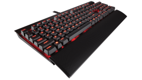Геймърска клавиатура Corsair K70 LUX Mechanical (метална основа, Red Backlit, Cherry MX Red, US layout) Black