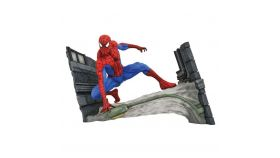 Екшън фигура Diamond Select Toys Marvel Gallery: Spider-Man Comic Webbing