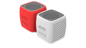 """Multimedia Bluetooth Speakers F&D W4 - Power output 3W, 1.5"""" inch driver and passive radiator, Bluetooth 4.0, 360 degree sound field, changable colorful cover, (micro SD card, 3.5mm Aux input, Li-ion battery 1000mA, Red/White"""